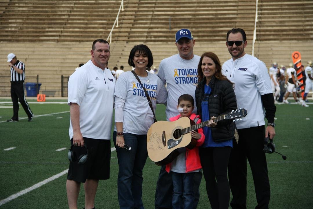 Photo from left: Chad Davis, Cassie Munson, Kevin Munson, Donna Hale, Clay Patterson. Jaelee Munson holds guitar in front.