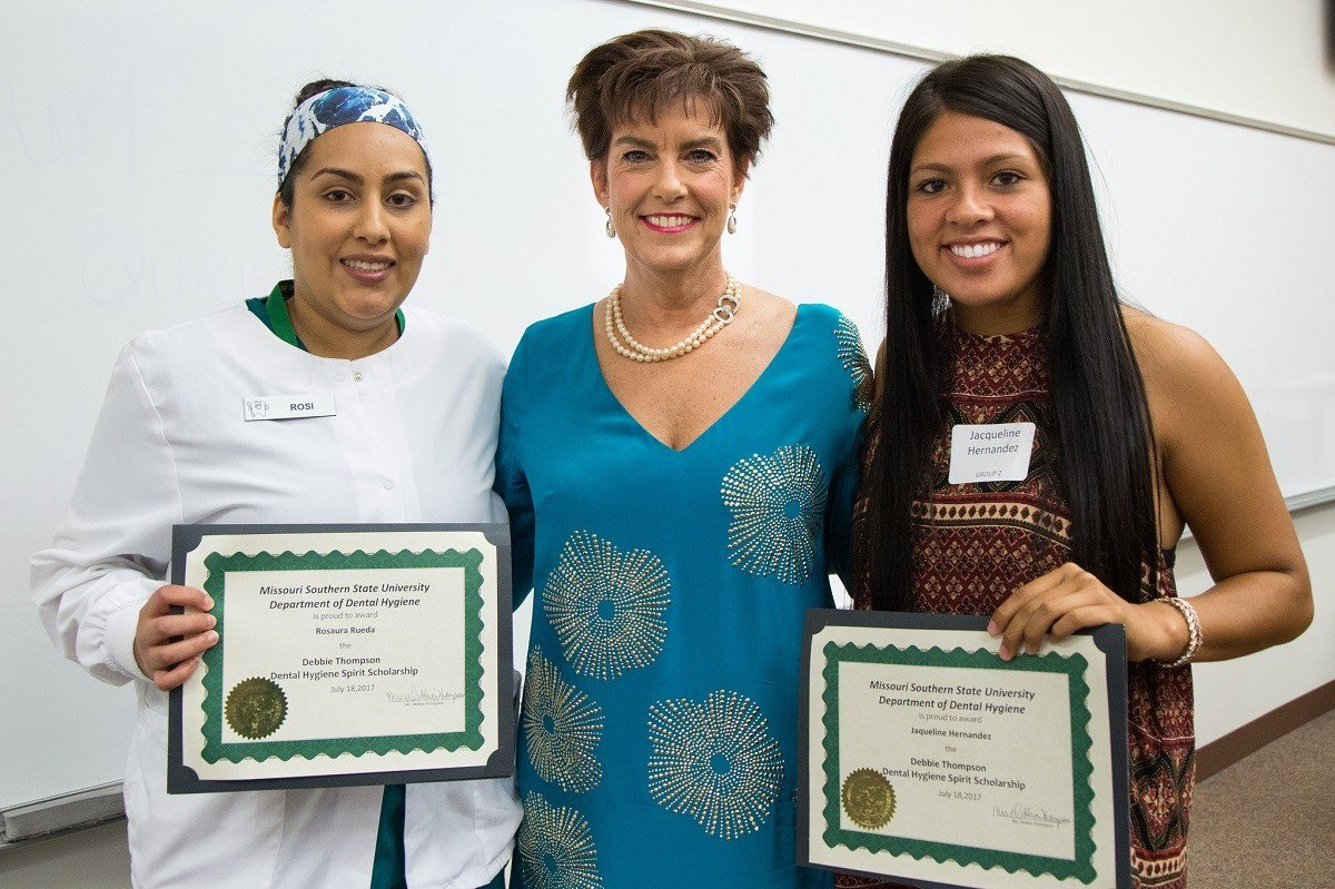(From left) Rosaura Rueda, Debbie Thompson and Jaqueline Hernandez.