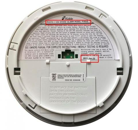 Location of model number and date code on back of smoke alarm.