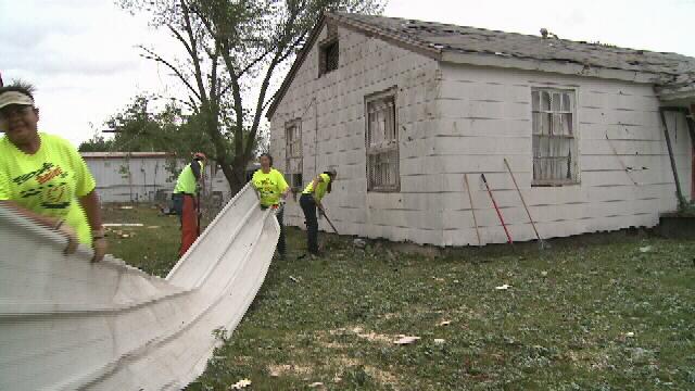 Church Volunteers Help in Quapaw