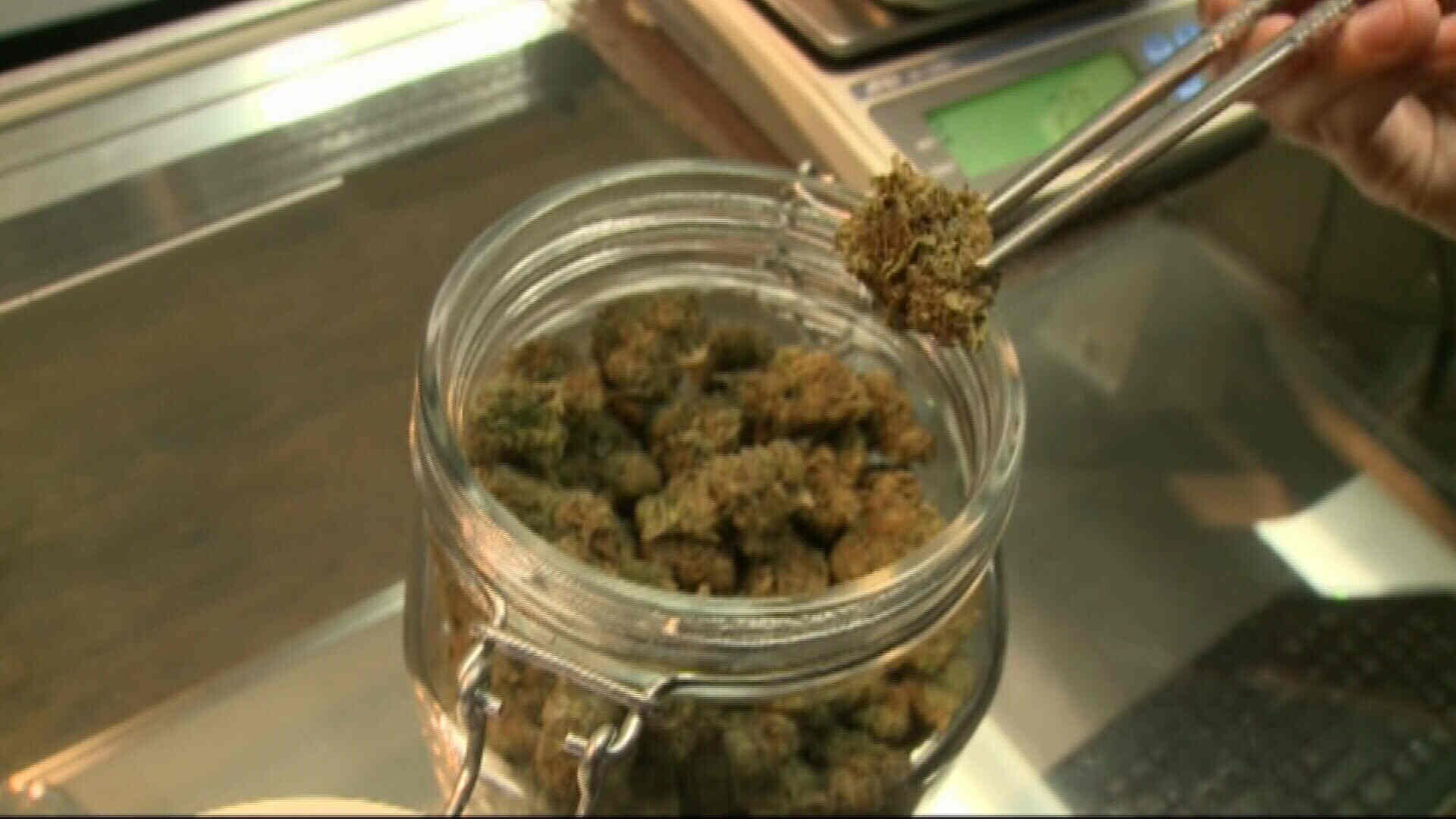 Oklahoma lawmakers taking shot at medical marijuana regulations before vote