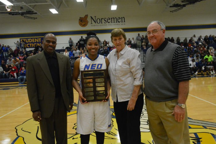 Presenting the award to Asia McCaskill, (from left) were Lady Norse Head Coach Jim Rowland, Lady Norse sophomore Asia McCaskill, the namesake of the award, Miss Dixie Woodall and Athletic Director Dale Patterson (Courtesy Jim Eillis, Miami News Record)